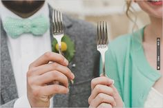 bride and groom forks | VIA #WEDDINGPINS.NET