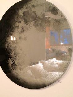 Diy Mirror, Moon Mirror, Teen Room Decor, Bedroom Decor, Estilo Tudor, Neon Bedroom, Moon Crafts, Mirror Painting, Aesthetic Room Decor