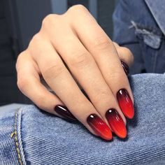 98 Beautiful Prom Nails For The Big Night - Best Nail Designs Sexy Nails, Prom Nails, Trendy Nails, Almond Shape Nails, Almond Nails, Nails Shape, Gold Nails, Blue Nails, Gradient Nails