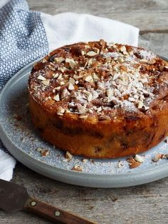 French Apple Cake, French Toast, Norwegian Food, Snacks, Let Them Eat Cake, Banana Bread, Goodies, Food And Drink, Sweets