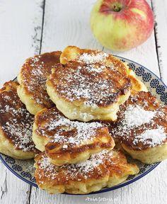 Racuchy drożdżowe z jabłkami | AniaGotuje.pl Keto Recipes, Cake Recipes, Polish Recipes, Polish Food, Keto Diet For Beginners, Food Cakes, How Sweet Eats, Kids Meals, Side Dishes