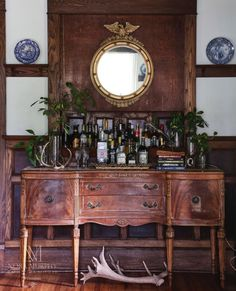 """Excellent """"gold bar cart decor"""" info is offered on our web pages. Read more and you wont be sorry you did. Decor, Furniture, Bar Furniture, Sideboard Bar, Bar Cart Decor, Eclectic Home, Bars For Home, Country Style Homes, Country House Decor"""