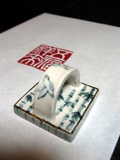 seal of a porcelain 「五福招来」                     I made…Hiroyuki Yaginuma