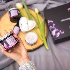 Since we really love moments, we have created the Black Orchid Ritual - it smells SOOOOOOOO good, that we don't know what else to say!! You know what we will be talking about once you smell and try it!   .  #organiquecanada #organique #natural #ecofriendly #canada #musthave #cosmetics #skincare #beauty #beautybloggers #amazing #beautiful #purple #orchid #blackorchid #healthyskin #skin #sheabutter #bodybalm #bathbomb #smell #sogood #gottohaveit #summer #spring #love #naturalskincare