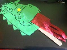 Els nostres moments a l'aula d'infantil: drac fet a llar d'infants