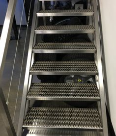 GRIP STRUT® Stair Treads Offer Superior Strength To Weight Performance And  A High