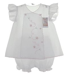 Willbeth White Diaper Set with Angel Sleeves and Butterfly Embroidery - Baby Embroidery, Butterfly Embroidery, Little Dresses, Little Girl Dresses, Baby Layette, Baby Sewing Projects, Baby Couture, Heirloom Sewing, Baby Kind