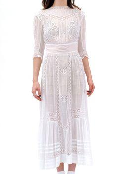 Bianca Victorian Lace Applique Dress $228