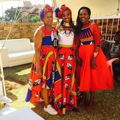 traditional african fashion that looks fabulous 25355 African Fashion Designers, African Print Fashion, Africa Fashion, African Fashion Dresses, African Prints, African Attire, African Wear, African Women, African Dress