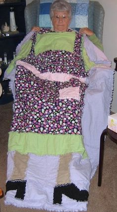 """Raggedy """"Apron"""" Flannel Quilt"""