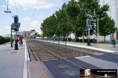 Budapest Közvágóhíd (H7) 07.07.2013 - direkt um die Ecke findet man die Linie 1 auf der Autobahn und die 2 und 24 weiter unten