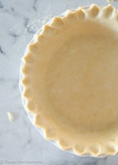 Quick & Easy Flaky Pie Crust made in a food processor with only 15 minutes of prep! | flavorthemoments.com
