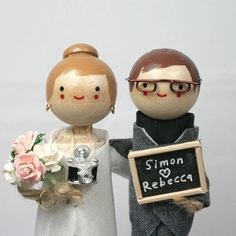 photographer wedding cake topper @Kaitlin Hoag