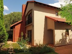 Realty 1 Pretoria - Old East & Lynnwood Built In Braai, Granite Tops, Pretoria, Real Estate Companies, Cupboards, Living Area, Separate, Property For Sale, Schools
