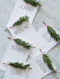 Sie wollten schon immer tolle Weihnachtskarten basteln? Stimmt es?Sehen Sie sich doch unsere Beispiele an! Sie können mit wenig Aufwand wirklich was Tolles..