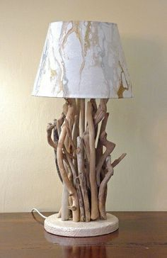 Luce da tavolo con legni di mare, bois flotté di Tendance nature su DaWanda.com