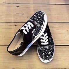 Je préfère portes le chaussures simple.