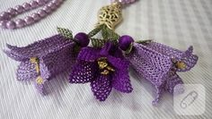 Needlework rosary decorations - İğne oyası - Healt and fitness Crochet Brooch, Jewelry Accessories, Jewelry Design, Cheese Cloth, Big Flowers, Jelly Beans, Handicraft, Needlework, Ornaments