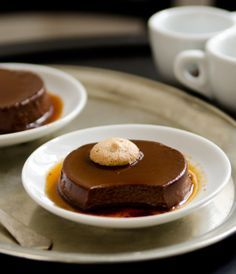 Bonet (Chocolate Flan with Caramel - In German)