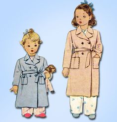 """McCall Pattern 5431 Bathrobe for Toddler Boys and Girls Charming WWII Pattern Dated 1943 Factory Folded and Unused Nice Condition Overall Size 2 (21"""" Bust)"""