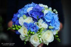 niebieski bukiecik ślubny