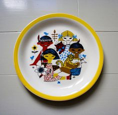 Vintage Stavangerflint plate by Made with love by Cecilie Ceramic Plates, Decorative Plates, Vintage Designs, Retro Vintage, Stavanger, Plates And Bowls, Teller, Cool Photos, Interesting Photos