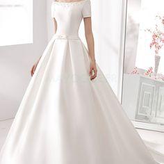 [169.99€] Robe de mariée romantique princesse manche courte en satin