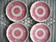 "4 SYRACUSE CHINA 6.5"" Strawberry Hill Plates in Red and White"