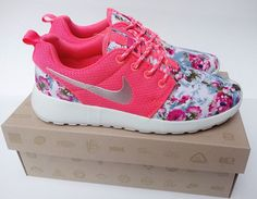 Over Half Off Nike Roshe Run Floral 2015 Flower Hyper Pink Metallic Silver