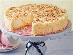 Nog 'n heerlike resep uit Cleta Joannou se boek, Kondensmelk. Melktert Recipe, Kos, Delicious Desserts, Yummy Food, Sweet Tarts, How Sweet Eats, Desert Recipes, Cupcake Cakes, Food Cakes