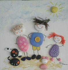Παιδικό καδρακι με ζωγραφισμένα βότσαλα θαλάσσης, σκόνη, μαλλί, κουμπί! Μαρια Προδρομου 99454048
