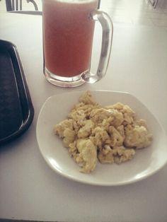 Lunch (carrot juice & scrambeld Egg) =-J
