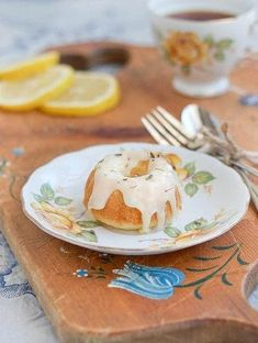 Lemon Lavender Tea Cakes   This recipe is perfect for a light and refreshing summer dessert