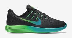 The Nike LunarGlide 8 is now available! We take a closer look at its features ...  #nike