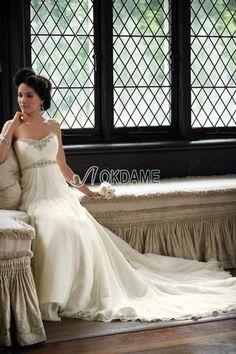 Perlenbesetztes zeitloses Kapelle Schleppe formelles bodenlanges Brautkleid mit Applike
