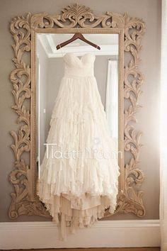 Hot Sale A-line Sweetheart Strapless Chiffon Long Wedding Dress With Tiered Ruffle