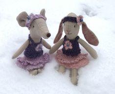 Mohair genser, topp og kappeskjørt pattern by Marianne Olsen Alpacas, Drops Design, Ravelry, Teddy Bear, Pattern, Animals, Scale Model, Pictures, Animales