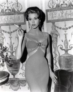 A gorgeous Jane Fonda. Hollywood glamour personified...
