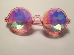 In a world full of black and white...why not live in color! These sunnies provide an alternative view of the world and create a unique look. Serve face daily...with