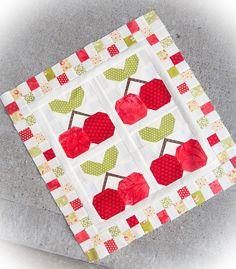 WIP+Wednesday+–+Mini+Cherry+Pie+Quilt