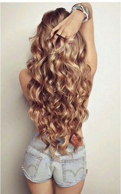 Soft curls for party 2017