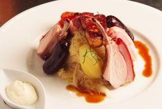 Choucroute à notre façon, au cochon de lait roti et foie gras, par Michel Husser
