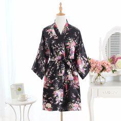 Plus Size Fashion Ladies Summer Mini Kimono Short Robe Bath Gown Purple Chinese Women Rayon Yukata Nightgown Pijama Mujer Msj004