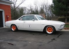 SO WHO HAS THE BEST LOOKING CORVAIR?