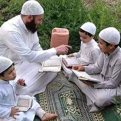 Salam my brothers and sisters learn Islam to our little children Incha Allah ð . Muslim Men, Islam Muslim, Little Children, Kids, Picnic Blanket, Outdoor Blanket, Saint Coran, Muslim Family, Learn Islam