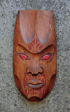 Matt Smiler Kura Gallery Maori Art Design Aotearoa New Zealand Carving Totara Female Mask Red Moko Wood Carving Art, Wood Art, Tree Carving, Maori Patterns, Wood Sculpture, Abstract Sculpture, Bronze Sculpture, Maori Designs, New Zealand Art