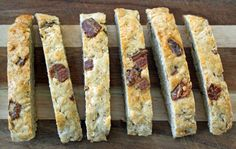 Bacon Biscotti for Dogs http://www.babble.com/best-recipes/the-westminster-dog-show-bacon-biscotti/