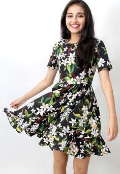 Great gift for sister. Short Dresses – All that is Green Floral Shift Dress (TALL) – a unique product by corigons via en.DaWanda.com