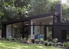Does this define Mid Century Modern? Is there a difference between Mid Century and Mid Century Modern? Black brick house in the woods outside London by Takero Shimazaki and Charlie Luxton Residential Architecture, Architecture Design, Windows Architecture, 1960s House, Black Brick, Black Dark, Black Onyx, Mid Century House, Black House