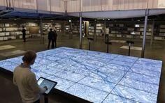 گوگل زمین را بر روی  نمایشگر چسبیده به هم نمایش می دهد  فوج نیوز  در مرکز معماری و شهرسازی پاریس امکان مشاهده تصاویر زیاد زیبایی از همه نقاط زمین در ابعاد بزرگ فراهم شده است. در این مرکز یک نمایشگر به مساحت  متر مربع وجود دارد که تصاویر جذابی از زمین را با استفاده از سرویس Google Earth به نمایش می گذارد. Google Earth یک سرویس اعجاب انگیز ... فوج  https://fovj.ir